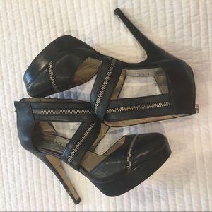 MICHAEL KORS Shoes Sz 8 1/2 M closed toe zippers